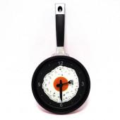 Часы настенные Сковородка с яичницей